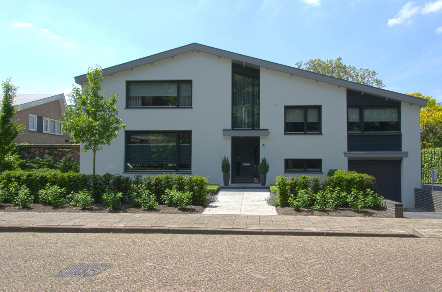 00111ext1 Verbouwing woning Etten-Leur